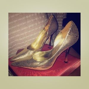 Guess gold Metallic heels